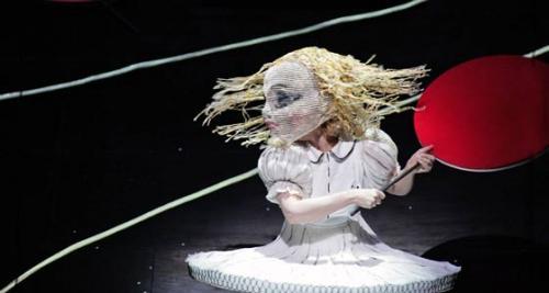 オペラ『不思議の国のアリス』